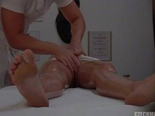Ofer masaj erotic doamnelor si domnisoarelor