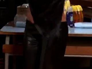 Lesbianas, leggings y lotsa de aceite