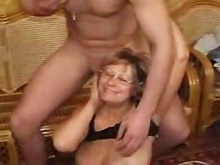 Madura alemán puta afortunado con stud