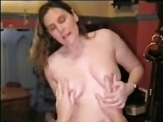 Esposa doblada y follada