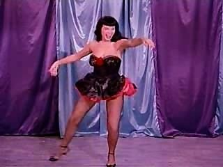 Una danza burlesca con la página de betty