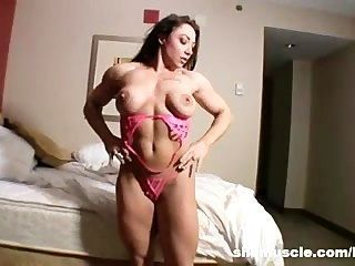 Brandimae sexy en rosa
