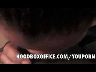 Negro adolescente chupar polla mientras novio espera a que aparezca