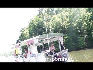 Vídeo casero de la vida real del lago de la ensenada del partido del ozarks missouri