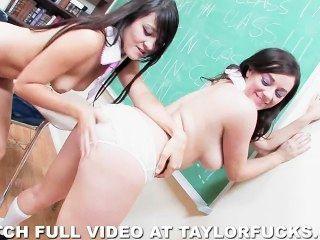 Chicas traviesas de la escuela