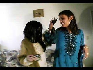 Pecados de la india escena 1
