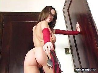 Striptease y masturbación