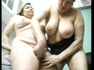 Viejas lesbianas gordas se divierten
