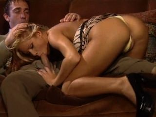 Sexy pelirroja porno julia taylor
