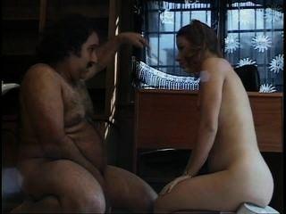 Joven y anal 12 escena 3
