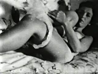 Softcore nudes 504 50s y 60s escena 2