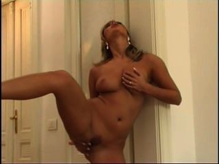Hot young pussies 3 escena 4