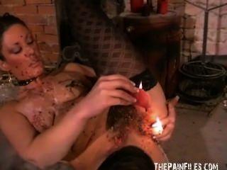 Kinky crystels caliente cera castigo y la auto tortura bdsm de Inglés fetiche