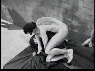 Stephanie en una película anal hardcore