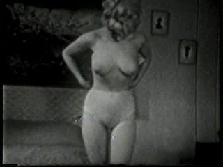 Softcore nudes 518 50s y 60s escena 3
