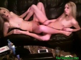Lesbianas cam girls ir a ella