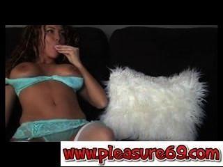Milf cristina asombroso con medias enjoy69.com