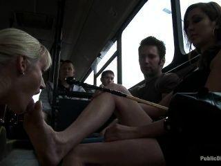 Lesbiana, pie, dominación, autobús