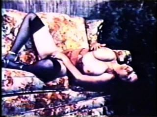 Big tit marathon 130 escena de los años 70 1