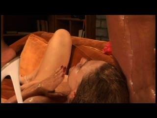Lesbian bukkake 15 escena 2