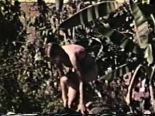 Lesbianas peepshow loops 561 70s y 80s escena 1