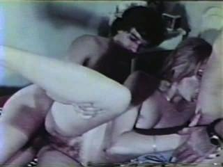 Peepshow loops 325 Escena de los 70s y 80s 4