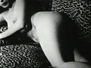 Softcore desnudos 549 50s and 60s escena 2