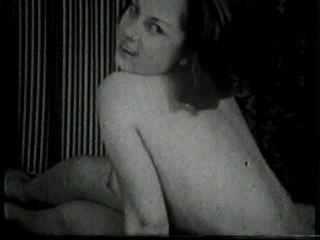 Softcore desnudos 518 50s y 60s escena 1
