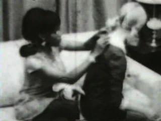 Softcore desnudos 580 50s y 60s escena 1