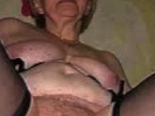 Slutty abuelas en algo bueno por satyriasiss