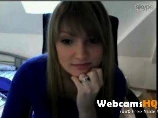 Más caliente de 18 años de edad adolescente ducha de sus tetas encantadoras en la cámara web