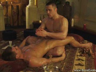 Descubre este ritual tantra erótico