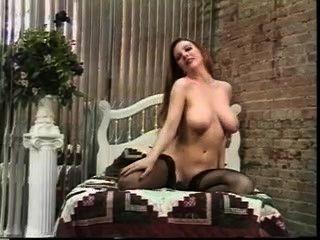 Bonita señora desnudista