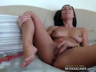 Linda adolescente en webcam episodio 97
