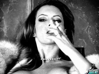 Jenna presley fetiche de fumar