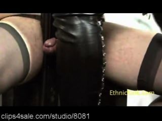 Ebony female domination en clips4sale.com