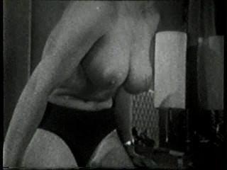 Softcore desnudos 517 50s and 60s escena 2