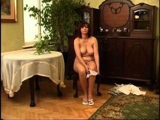 Secrets of horny mature 2 escena 5