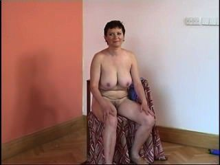 Secrets of horny mature 8 escena 5