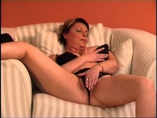 Secrets of horny mature 7 escena 5
