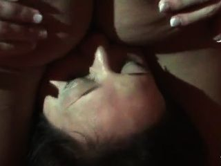 Desvirgando el culo de lulu pretel para fakings
