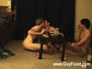Caliente sexo gay traza y william recibir junto con su aliado reciente