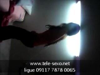 Chica morena muestra sus titties tele sexo.net 09117 7878 0065