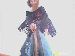 Japonés dama cuerpo erótico figura sádica
