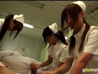 Las enfermeras lesbianas asiáticas se ocuparán de usted