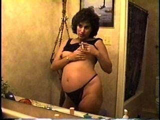 Embarazada fumar milf parte 3