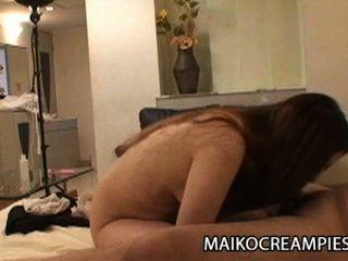 Ayako sakuma: suculenta esposa japonesa engañando a su marido