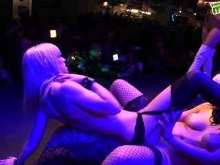 Salón erótico de levante en murcia, 2013