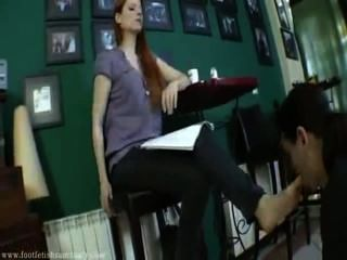 Esclavo de pie 3