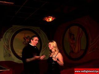 Real holandés puta obtener pussylicked por un afortunado turista